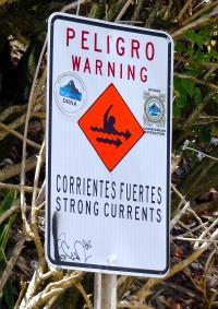 Warning sign at Playa Bajamar